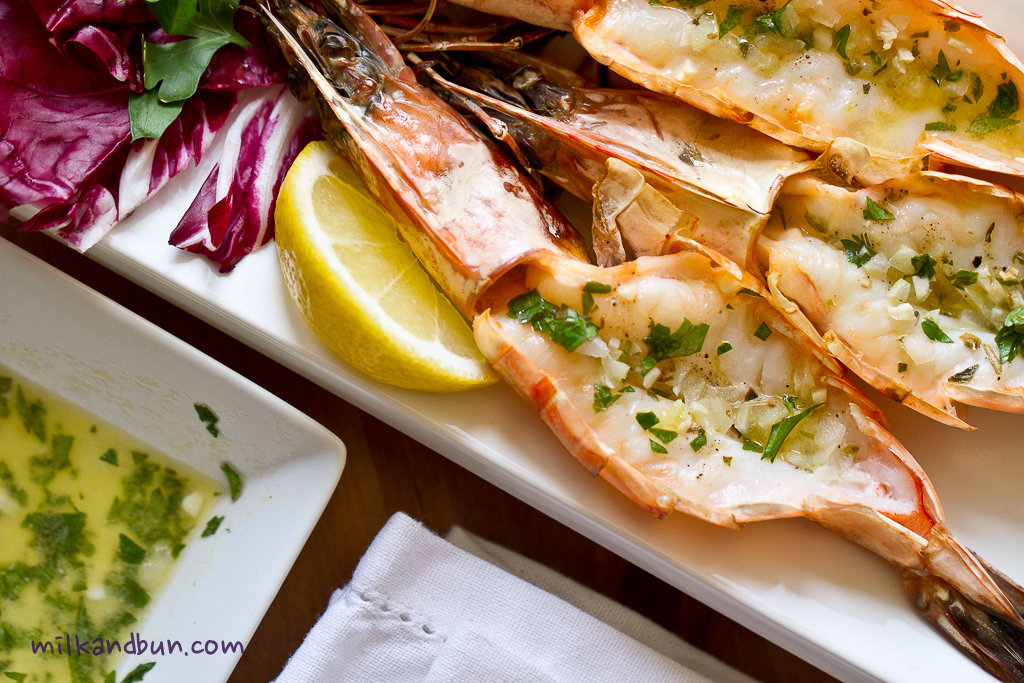 how to cut prawns for grilling