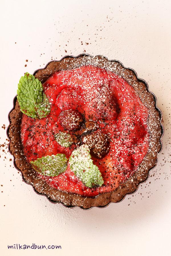 Choco-berry tart