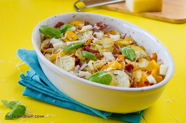 Potato bake with mozzarella and bacon