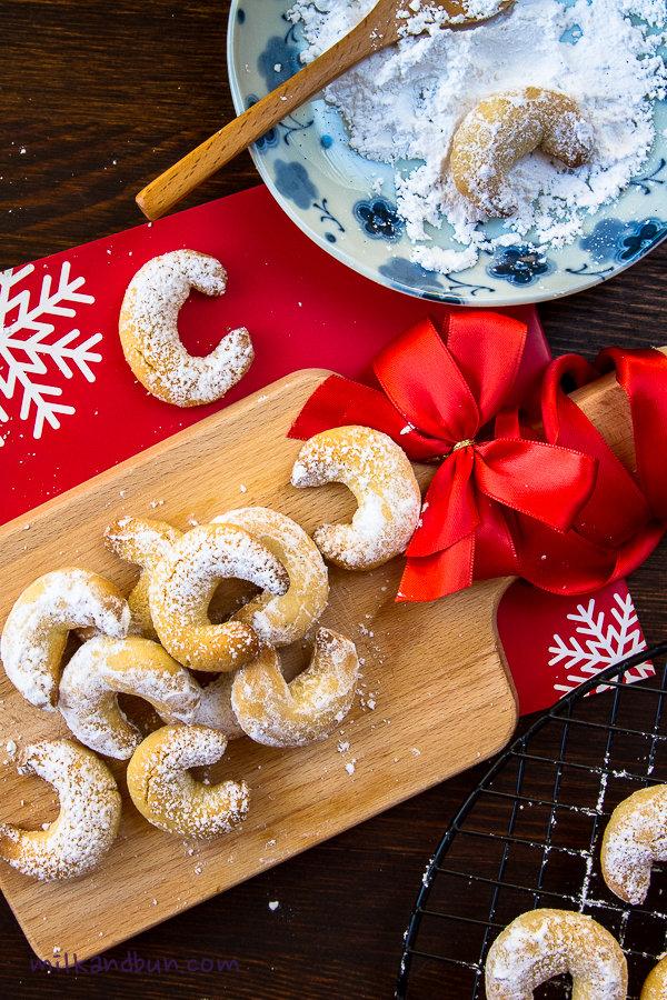 Vanillekipferl German Christmas Biscuits