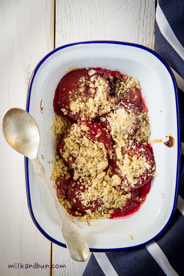 Plum crumble-2