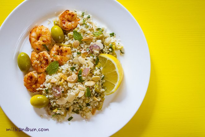 Cauliflower couscous with shrimps