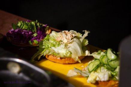 Eattheworld-crabby shack burgers