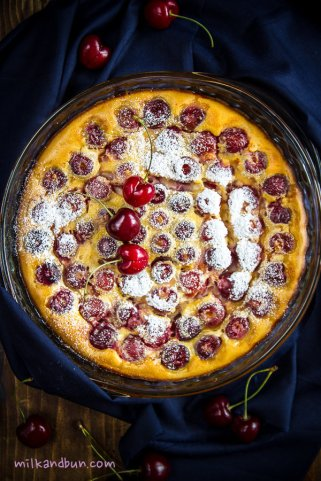 Clafoutis with sweet cherries