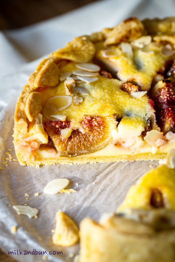 Date and fig tart